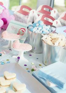 Sweet Party Day : sweet treats and party favors at the little spa party ~ Melissatoandfro.com Idées de Décoration
