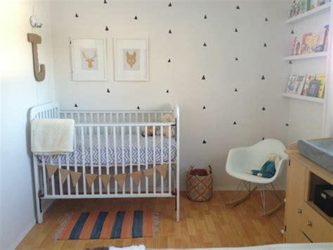 peinture chambre gar輟n décorer la chambre bébé garçon conseils et exemples
