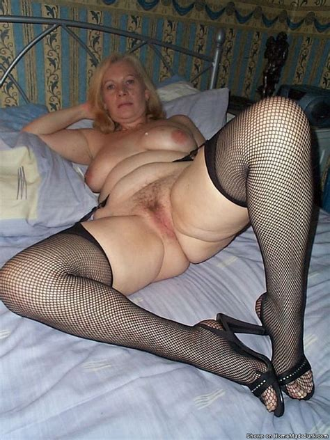 Real Mature Amateurs In Genuine Homemade Photography