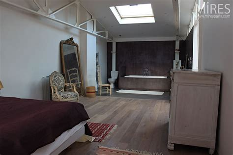 salle de bain ouverte dans chambre chambre et salle de bains ouverte c0507 mires