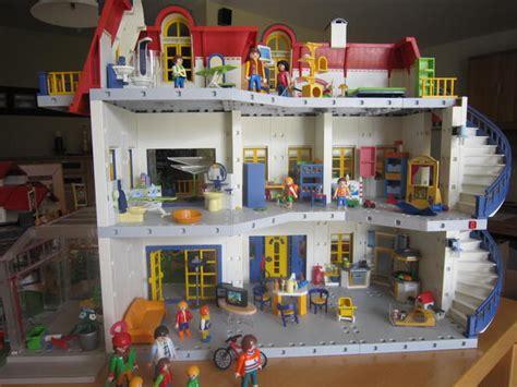 Playmobil Haus 3965 + Zusatzerweiterung 7337 Reiterhof