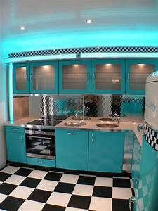 Küche Retro Stil : classic diner k che nostalgie k chenm bel american warehouseamerican diner m bel im retro ~ Watch28wear.com Haus und Dekorationen