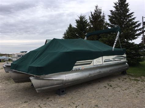 Used Pontoon Boats Ontario by Pre Owned Boats Ocp Boats Used Pontoon Boats Ontario