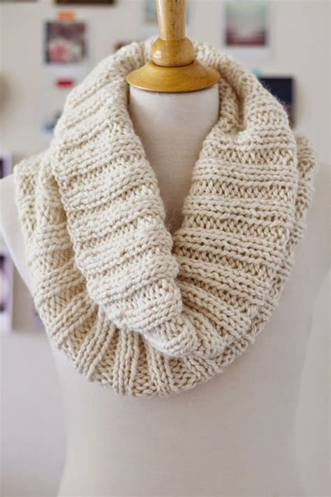 Ribbed Knit Scarf cozy ribbed scarf pattern free pattern cozy and scarves