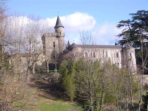 gite et chambre d hote a vendre le château a restaurer en gites et chambres d hôtes le
