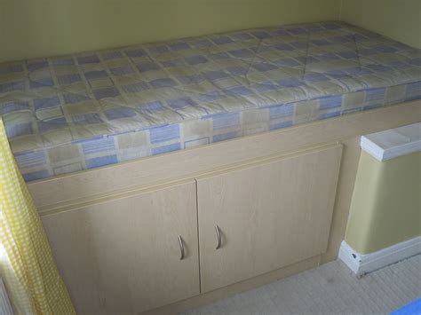 Bedroom Furniture For Small Box Rooms by Small Box Room Cabin Bed For Storage Around The