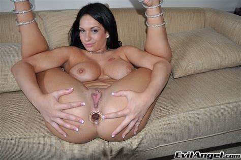Bootylicous Brunette With Big Melons And Smooth Pussy Strips And Plays With Clothespins