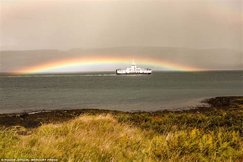 Double Rainbow Photo Captured Scotland Daily Mail Online