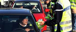 Blocage Du 17 Novembre : pour emp cher le blocage du 17 novembre les gendarmes confisquent les gilets jaunes ~ Medecine-chirurgie-esthetiques.com Avis de Voitures