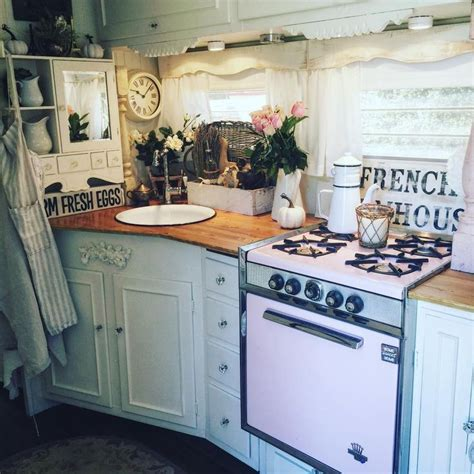 Decorating Ideas Vintage Travel Trailer by 17 Best Images About Rv Decorating Trailer Decorating