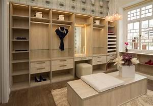 Walk Closet Vanity With Decorative Wallpaper Closet ...