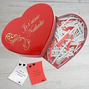 Cadeau Couple Anniversaire : cadeau anniversaire mariage pour couple offrir un cadeau d 39 anniversaire aux mari s une id e ~ Teatrodelosmanantiales.com Idées de Décoration