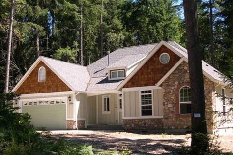 Craftsman Style House Plan 2 Beds 2 Baths 1728 Sq/Ft