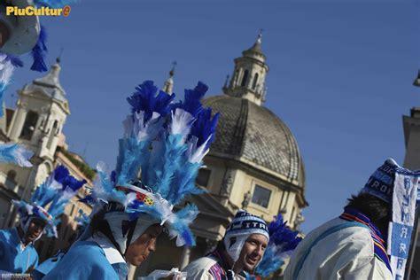 Consolato Peru Roma by Flash Mob Il Per 249 Si Esibisce A Piazza Popolo