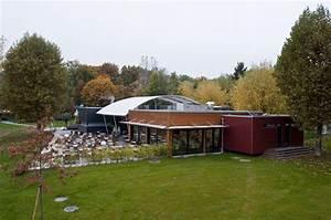 batiment administratif et divers batiments communaux With restaurant de la piscine de prilly