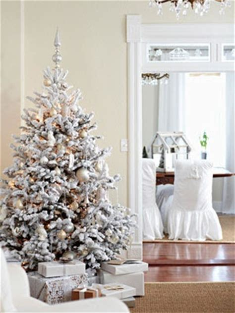 white christmas tree with decorations 33 exciting silver and white christmas tree decorations digsdigs