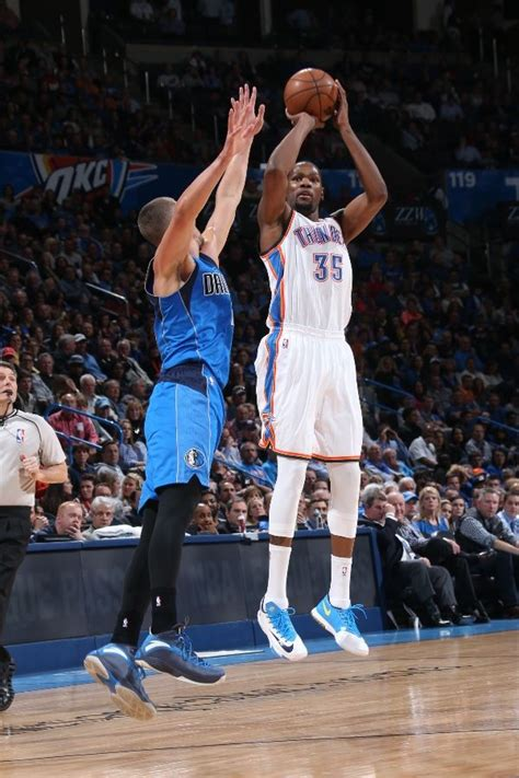 solewatch kevin durant finally wore  nike kd
