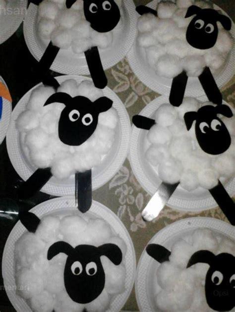 Piring Kayu Bentuk Hewan kreasi membuat bentuk hewan kambing dengan piring kertas