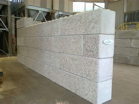 mattoni in cemento per giardino blocchi cemento per giardino casamia idea di immagine
