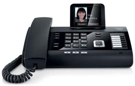 zwei gute optionen fuer ein buerotelefon fuer das home office