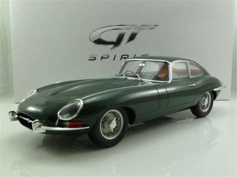 Jaguar E-type 4.2 Series 1 1/2 Roadster Auctions