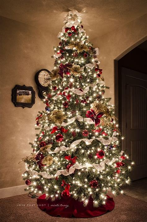 60 trees beautifully decorated to inspire - Christmas Tree Red White