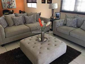 Rooms to go sofas cindy crawford cindy crawford home for Sectional sofa at rooms to go