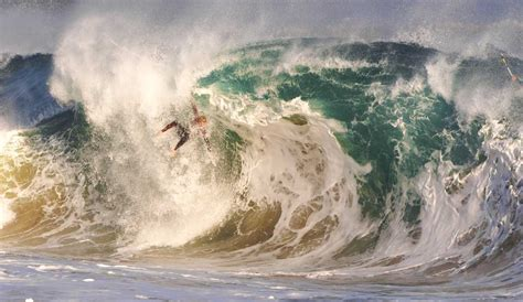 wedge wave wipeouts ginsberg warms spencer charger maverick local realistic shares version surf mavericks beatings taking spills chills thrills brutal