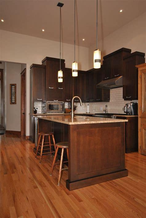 cuisine merisier armoire de cuisine contemporaine en merisier couleur