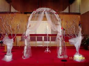 wedding altar decorations detroit michigan wedding planner decorating the church