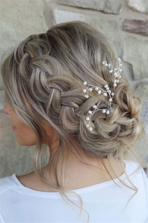 Bridesmaid Updo Hairstyles For Hair by 25 Chic Updo Wedding Hairstyles For All Brides