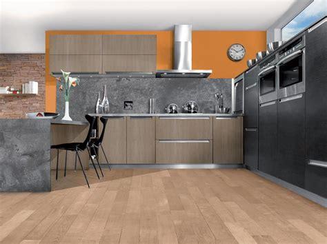 cuisine gris et cuisine bois cendré et gris anthracite
