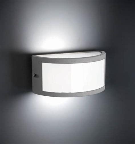 Illuminazione Esterna A Parete illuminazione esterna a parete illuminazione