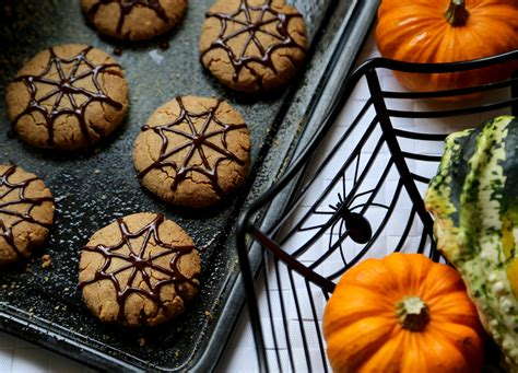 peanut butter halloween cookies hemsley hemsley