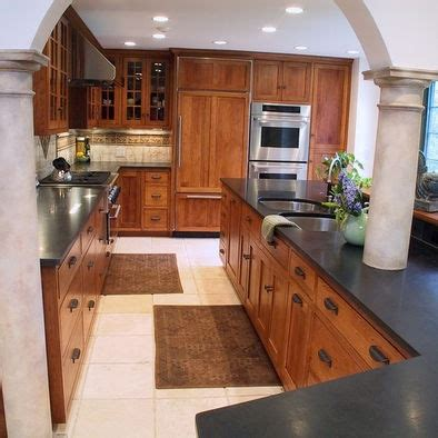 medium oak kitchen cabinets 44 best images about home oak kitchen ideas on 7422