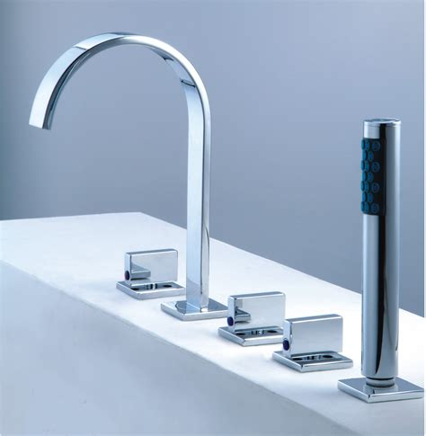 5 Tub Faucet by Tub Faucet With Shower For 5 Tub 6045