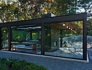 18 Modern Glass House Exterior Designs - Style Motivation