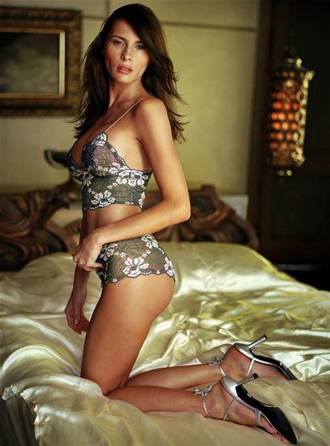 Melania Trump S Nude Leaked Photos Uh Oh Donald