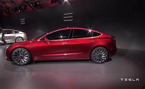 Tesla Model 3 Price Announced; Elon Musk Confirms India ...