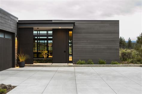 Modern Houses : This Modern House Shape Shifts In Oregon's High Desert