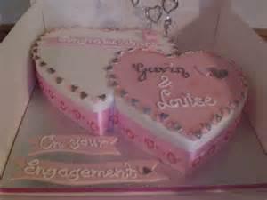 Beautiful Engagement Cakes