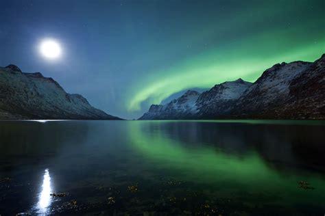 Moonlight and Aurora | peterspencer49 on Flickeflu | peter ...