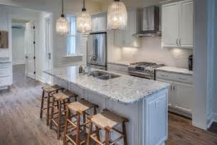 Kitchen Bar Island Ideas Traditional Kitchen With Subway Tile One Wall In Santa Rosa Fl Zillow Digs Zillow