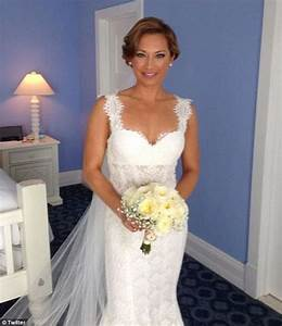 gma meteorologist marries nbc anchor on a 39perfect day39 With ginger zee wedding dress