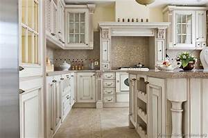 Antique kitchens pictures and design ideas for Antique kitchen cabinets