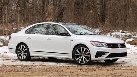 2018 Vw Passat Gt First Drive Dad's Car Gets More Exciting