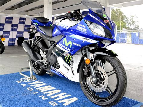 Gambar Motor Yamaha R1 by Gambar Modifikasi Motor Yamaha Yzf R15