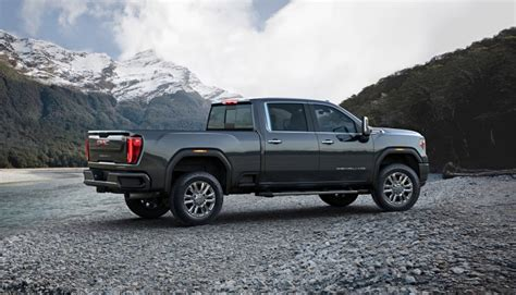 gmc  heavy duty lineup continues  sierra hd models