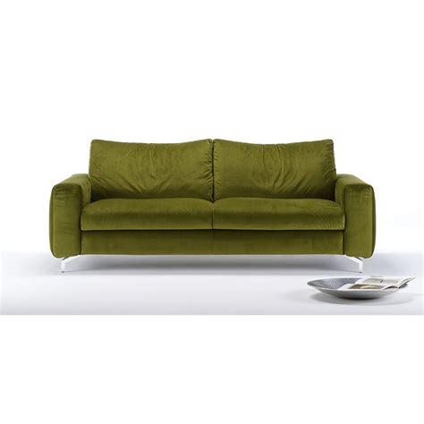 canapé vert canapé velours convertible clarence meubles et atmosphère