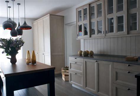 cuisine st paul cuisine classique réalisée dans la tradition de l 39 ébénisterie française atelier de paul